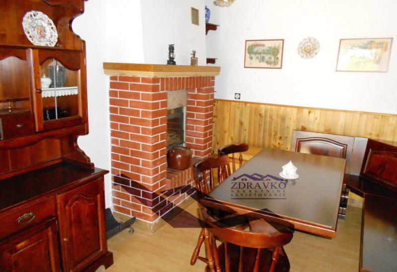 Renovirana kamena kuća cca 110 m2, Filipana.