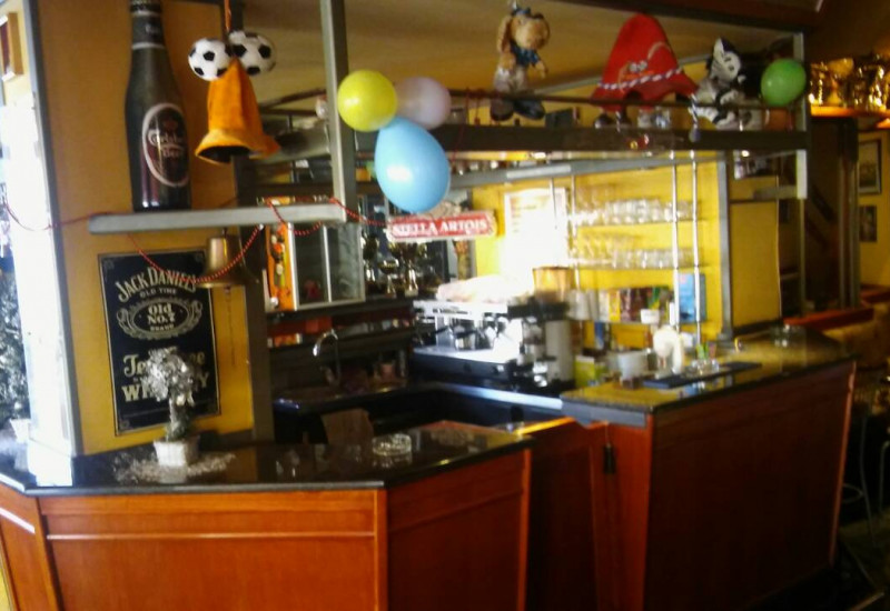 PP, CAFFE BAR 89 m2, Pula.