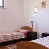 Kuća 120 m2, zemljište 3.389 m2, 90 maslina, Ližnjan.