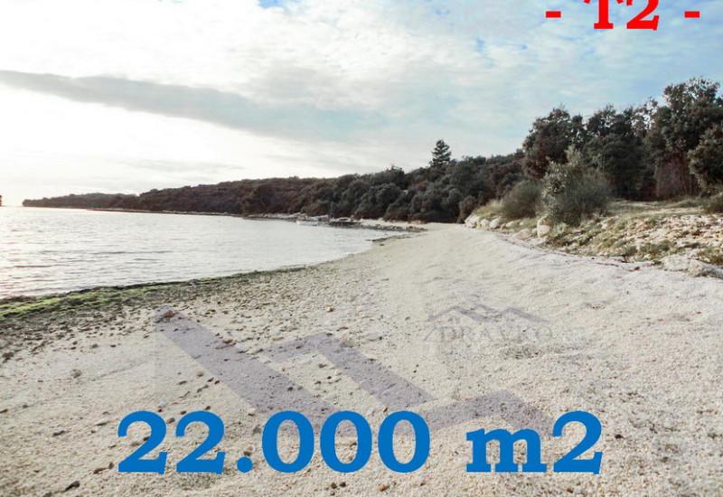 Građevinsko zemljište 22.000 m2, Općina Medulin.