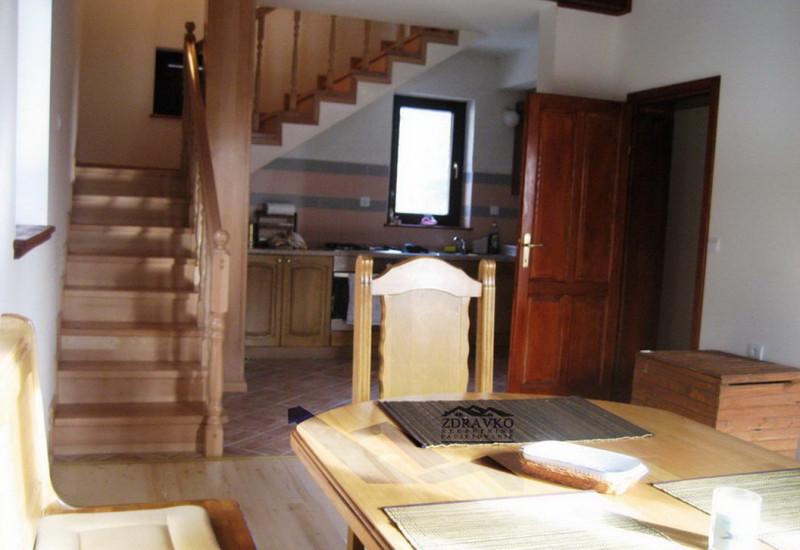 Kuća 132 m2 + dozvola za dogradnju, Bjelolasica.