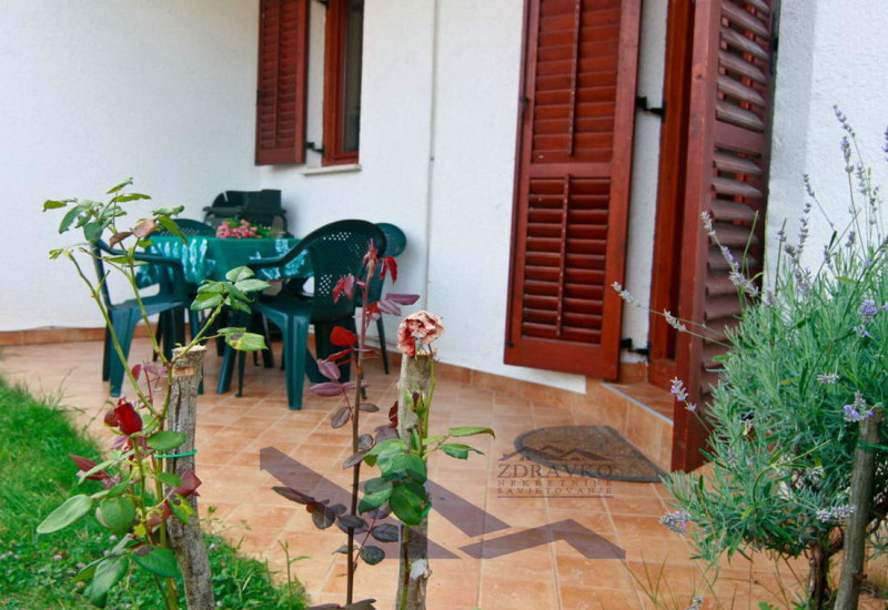 Stan 51 m2 + vrt, Puli, Nova Veruda.