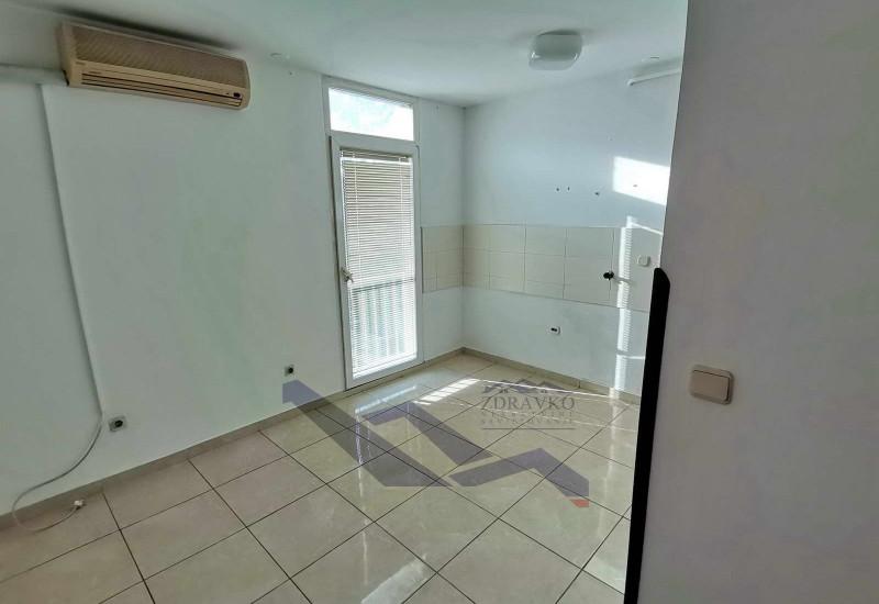Pula: trosobni stan 105 m2, Monte Zaro